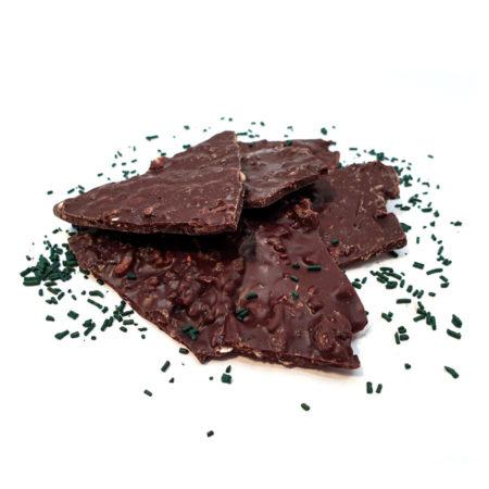 Chocolat noir en éclat avec de la spiruline